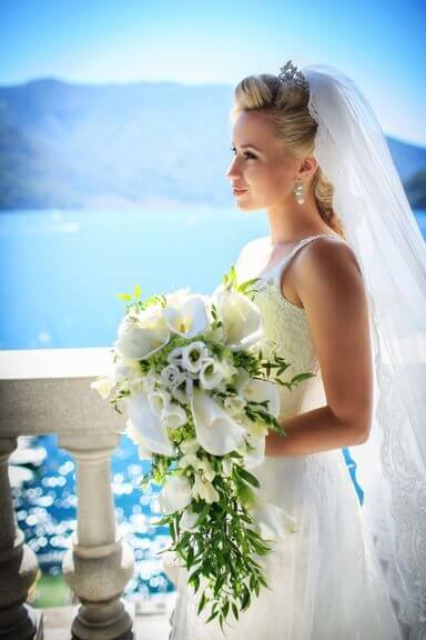 Sell Wedding Dress on White Gown