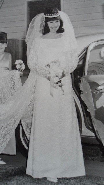 1967 Vintage Wedding Dress For Sale White Gown