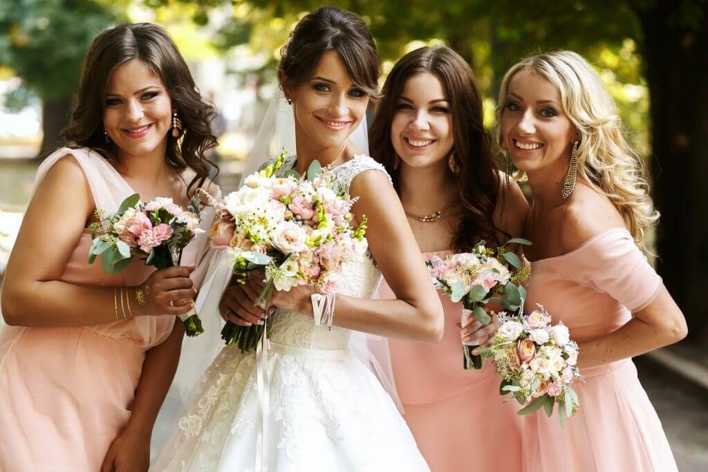 Tasks-to-Delegate-to-Your-Bridesmaids